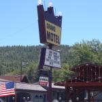 Grand Motel, Williams