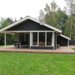 Hotel Pictures: Holiday home Annettevej C- 215, Stokkebro