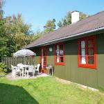 Holiday home Dueodde H- 884,  Snogebæk