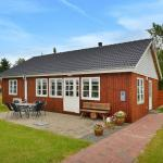 Holiday home Engparken D- 1040,  Egense