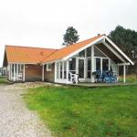Hotel Pictures: Holiday home Fridavej G- 1235, Stokkebro