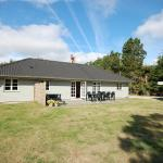 Hotel Pictures: Holiday home Lyngageren C- 2775, Hals