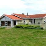 Hotel Pictures: Holiday home Majasvej E- 2881, Trend