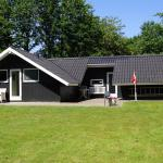 Hotel Pictures: Holiday home Østmarken G- 3395, Arrild