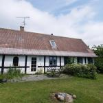 Hotel Pictures: Holiday home Sdr. H- 3940, Åkirkeby