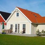 Hotel Pictures: Holiday home Strandgårdsvej A- 4549, Bro