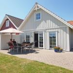 Holiday home Strandgårdsvej F- 4554, Bro