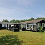 Hotel Pictures: Holiday home Vestertoft E- 5137, Fanø