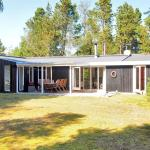 Hotel Pictures: Holiday home Vidjeparken C- 5191, Odde