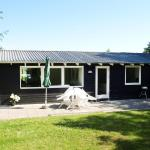 Hotel Pictures: Holiday home Fyrrevej F- 1306, Bindslev