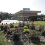 Travel Inn and Suites, Lakehurst