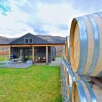 Pagan Vines Vineyard Accommodation, Gibbston