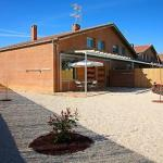 Hotel Pictures: Holiday home Casa Jose Mari, Beire