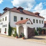 Hotel Pictures: Hotel Černice, Mojné