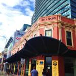 Globe Backpackers and City Oasis, Perth