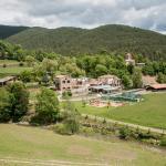 Hotel Pictures: Mas La Riera, Campdevánol