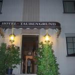 Hotel Pictures: Airport-Hotel zum Taubengrund, Kelsterbach