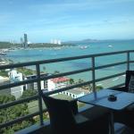 View Talay 6 Pattaya Beach Condominium by Honey, Pattaya Central
