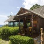 Glass Cottage, Wok Tum
