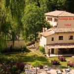 Hotel Pictures: Auberge Du Riou, Puget-Rostang
