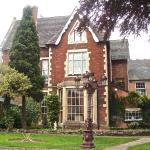 Hotel Pictures: 1820 Mansion with a Tower, Earl Shilton