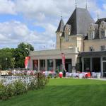 Hotel Pictures: Hôtel du Casino, La Roche-Posay