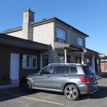 Hotel Pictures: Motel Pari, Trois-Rivières