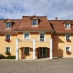 Hotel Pictures: Hôtel Résidence au Vieux Marronnier Mulhouse Baldersheim, Baldersheim