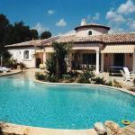 Hotel Pictures: Villa in Les Arcs, Les Arcs sur Argens