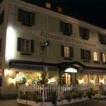 """酒店图片: Hotel Krmstl """"Zur Stadt Gmunden"""", 克雷河畔基希多夫"""