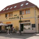 Huli Panzio,  Tokaj