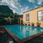 Hotel Pictures: Hotel Rural La Casa Amarilla, Los Silos