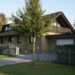 Hotel Pictures: Pension Chez Meinen, Wedemark