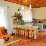 Villas Opera Hills - Villa Heliconia, Jacó