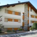 Hotel Pictures: Appartement Terrasse des Alpes 811, Crans-Montana