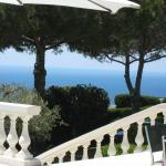 Hotel Pictures: Amazing View and Luxe Cannet Villa, Le Cannet