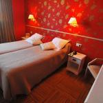 Hotel Pictures: Logis Hotel Les Trois Rois, Villers-Bocage