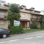 Hotel Pictures: Hostal Burgos, Torrecaballeros