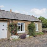 Hawthorn Cottage,  Paxton