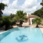 Hotel Pictures: Villa in L Extreme Sud III, Figari