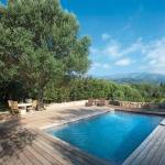 Hotel Pictures: Villa in L Extreme Sud XV, Sotta