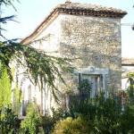 Hotel Pictures: Villa in Nr Uzes I, Potelières