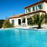 Hotel Pictures: Villa in Roquessels, Roquessels