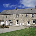 Hotel Pictures: Villa in Saint Martin Le Hebert, Brix