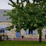 Hotel Pictures: Villa in Saint Pierre D Artheglise, Nemours