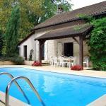 Hotel Pictures: Villa in Thenon II, Thenon
