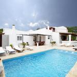 Hotel Pictures: Villa in San Rafael III, Sant Rafael de Sa Creu