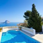 Hotel Pictures: Apartment with pool and mountain view in Calpe, La Canuta