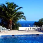 Hotel Pictures: Apartment with garden, pool in Benissa, Benissa