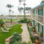 (4.4/5)   Cabrillo Inn at the Beach  reviews
